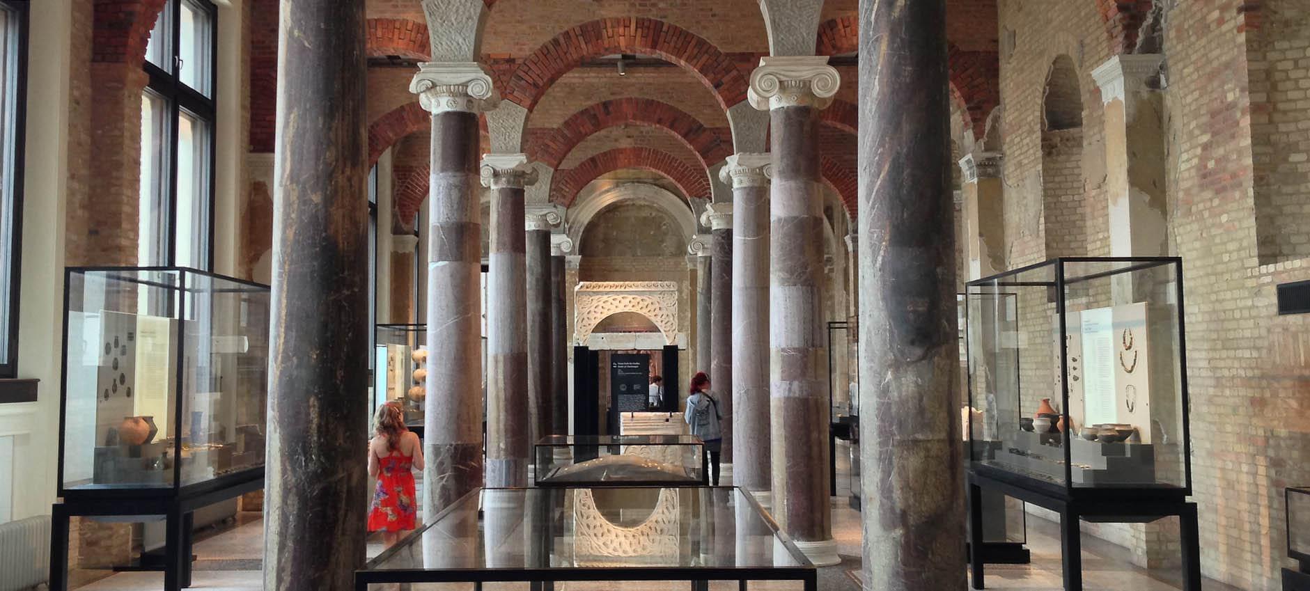 neues-museum-berlin.jpg